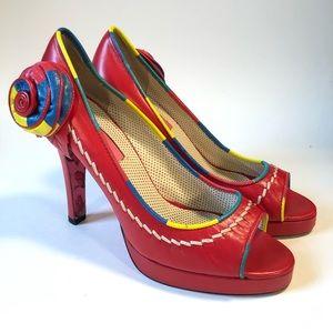 Betsey Johnson red funky heels/ 8